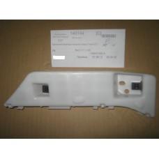 Крепление бампера переднего левое Geely EC7 (1068001655)